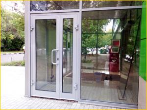 Алюминиевая дверь для отделения банкоматов
