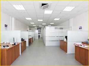 Разделение большого помещения на офисные зоны