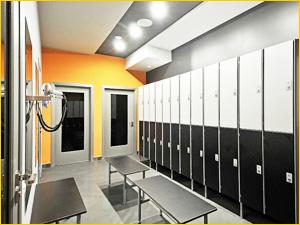 Индивидуальные кабинки для фитнес центра с бассейном